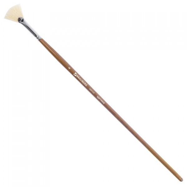 Кисть художественная профессиональная BRAUBERG ART CLASSIC, щетина, веерная, № 4, длинная ручка, 200743