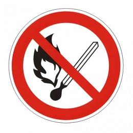 Знак запрещающий Запрещается пользоваться открытым огнем и курить, круг, диаметр 200 мм, самоклейка, 610002/Р 02